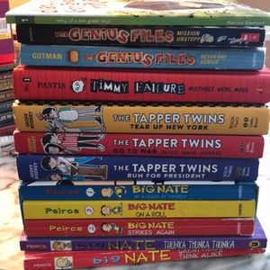 📚📖 HUGE lot of young adult books